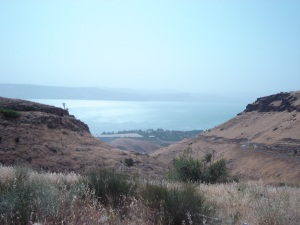 Sea_of_Galilee_from_desert
